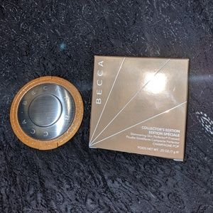 Becca limited edition champagne pop highligher